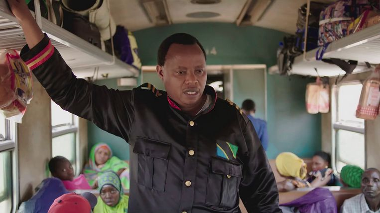 Tanznia Transit, Peter